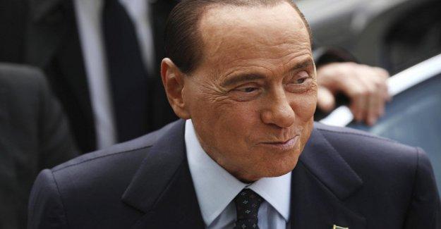 Berlusconi está tratando de revolucionar el partido. La fuerza de Italia a un equipo de coordinadores nacionales. La hipótesis de involucrar a Toti