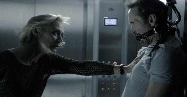 'El ascensor', el terror en el ascensor. Un italiano en Nueva York: No angoscio con el aliento