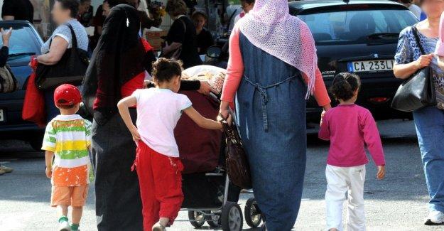 La migración, Roma es el área metropolitana con la mayoría de los inmigrantes en Italia: el 10,8% del total nacional