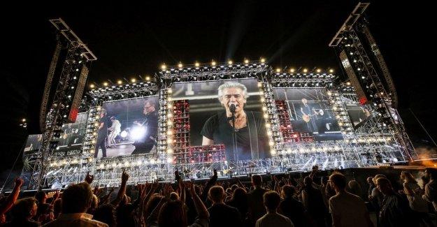 Ligabue comienza a partir de Bari, tomar el tour a los estadios en el signo de rock: Cada vez que es el primer concierto