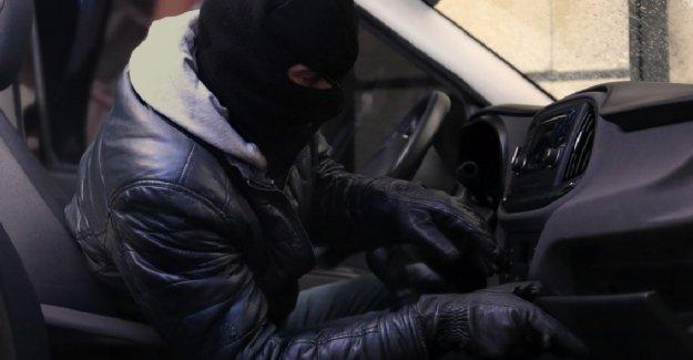 Aumento de los robos de autos, aquí está cómo para no quedar atrapado robando el coche