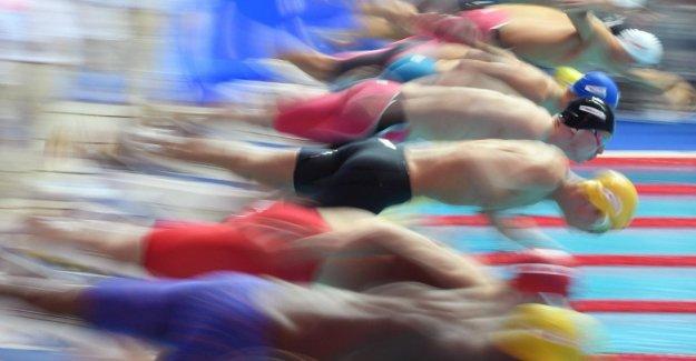 Corea del sur, se derrumba en el balcón de la discoteca, y dos muertes. Entre los heridos ocho atletas del Mundo de la natación