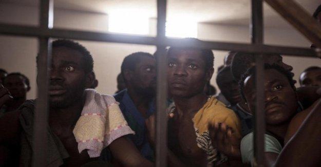 Las ONG, se exhorta a la Comisión africana de derechos humanos para investigar la violencia contra los migrantes en Libia