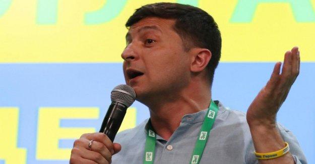 Las elecciones parlamentarias en Ucrania, ganó Zelenskij: La prioridad es el fin de la guerra y la lucha contra la corrupción