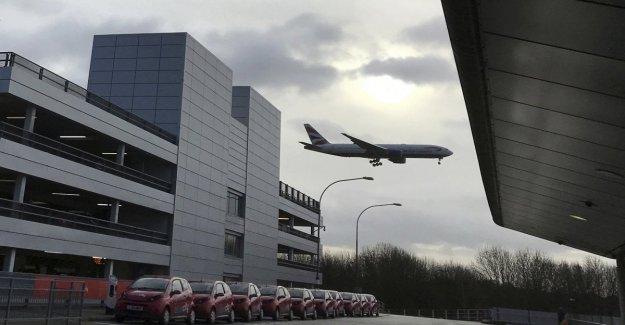 Londres, la culpa la torre de control: suspendido los vuelos a Gatwick