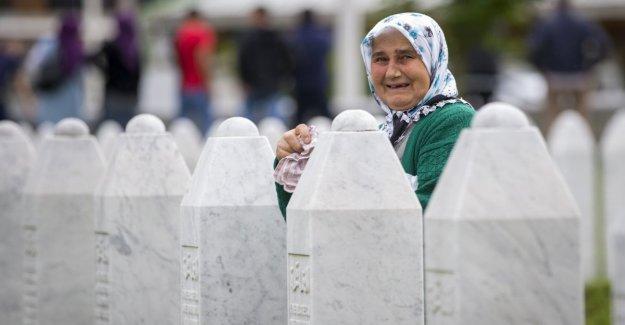 Masacre de Srebrenica, enterrados los restos de 33 personas en el 24 aniversario de la masacre