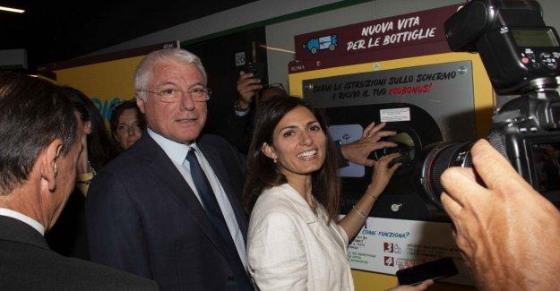Roma, reciclar el plástico y Atac cada 30 botellas le da un billete. Ray: el Primero en Europa