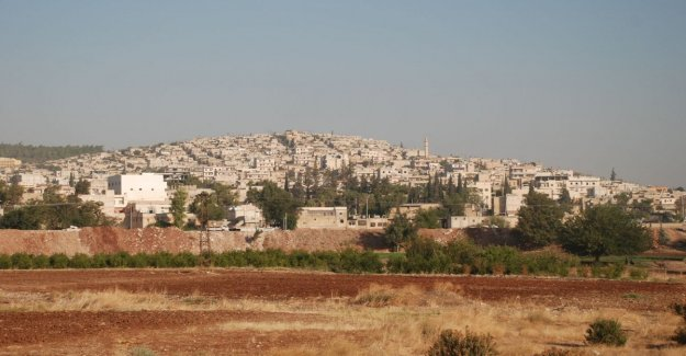 Siria coche bomba a Afrin: al menos 13 muertos