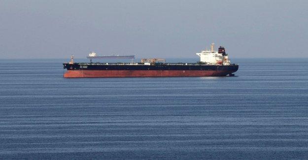 Washington, Queremos una coalición internacional para defender los petroleros