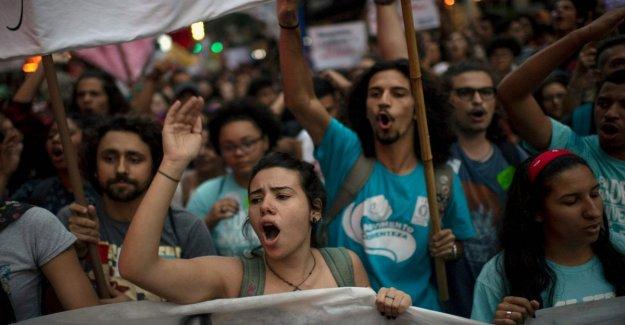 Brasil: protestas en 80 ciudades en contra de Bolsonaro y en contra de los recortes en educación del gobierno de la ultra derecha