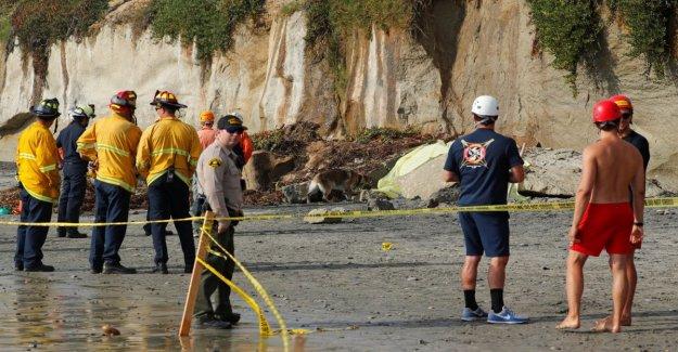 California, se cae de un acantilado: tres muertos en la playa de los surfistas