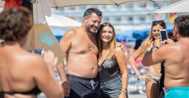 De la liga, Salvini un verano de la campaña electoral: la parte de la playa tour de agosto en el centrosud