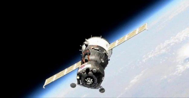 El éxito de acoplamiento de la Soyuz con el robot Fyodor a la Estación Espacial