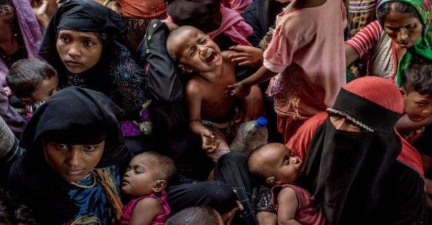 En Bangladesh, más de la mitad de un millón de refugiados Rohingya recibir documentos de identidad, la mayoría por primera vez