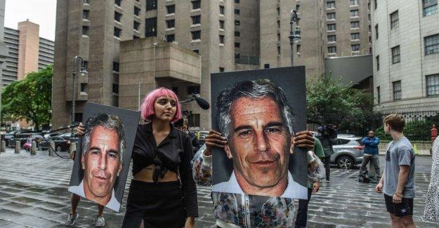 Estados unidos, el virus de Epstein, la autopsia reveló la presencia de múltiples fracturas de los huesos del cuello. Pero no aclara el color amarillo de su muerte