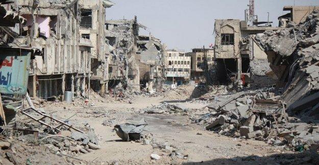 Irak, entre los refugiados de Mosul son las necesidades de crecimiento dentro y fuera de la esperanza de un retorno