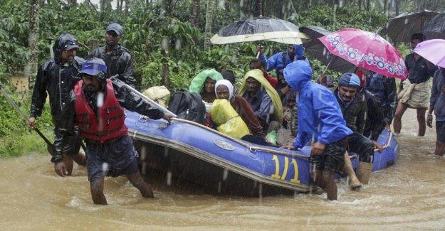 Las inundaciones en la India, el tifón Lekima éxitos de China