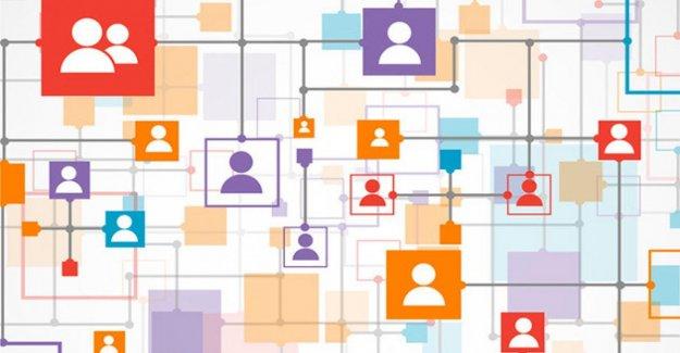 Medios de comunicación Social es adictivo, incluso cuando son estresantes