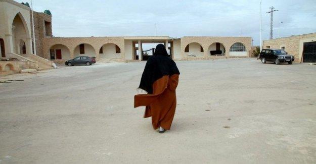 Siria, las explosiones y la pericolii de la guerra vivida por las monjas y de los monjes de un convento