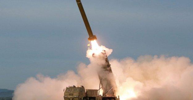 Corea del norte, el nuevo lanzamiento de proyectiles hacia el Mar de Japón. Es la octava del 25 de julio al día de hoy
