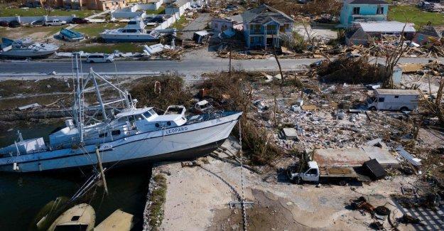 Dorian, llega a Carolina, pero pierde intensidad. Las muertes en las Bahamas son de 30, más de 5 mil dispersos