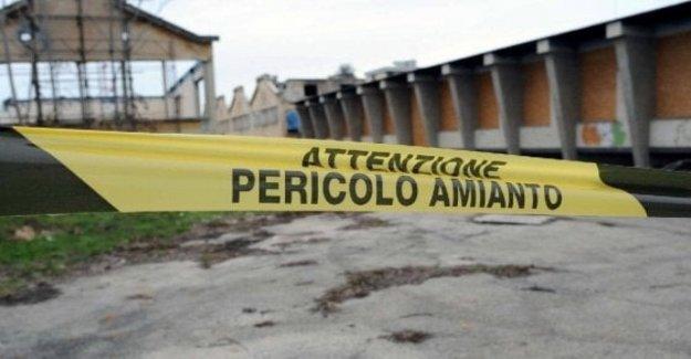En Italia, los 6.000 muertes al año causadas por el asbesto.