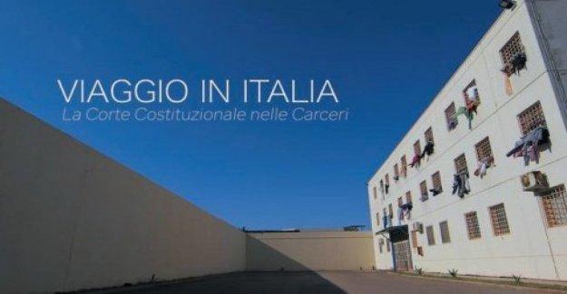 Las cárceles, Viaje en Italia, el Tribunal Constitucional, en los lugares de privación de libertad
