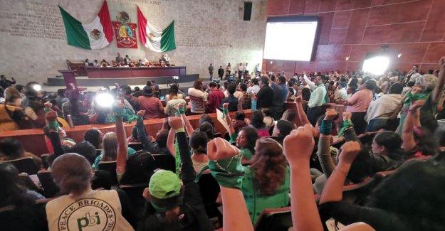 México, el Estado de Oaxaca despenaliza el aborto: Una decisión histórica