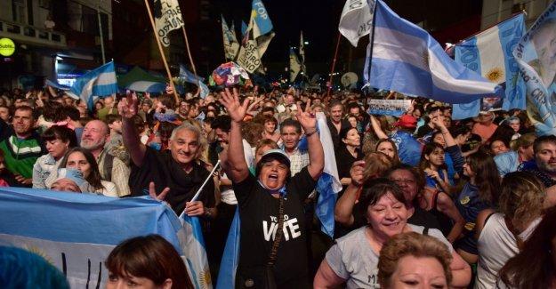Argentina: primeros datos oficiales, Fernández tiene el 47,21%, derrotó a Macri