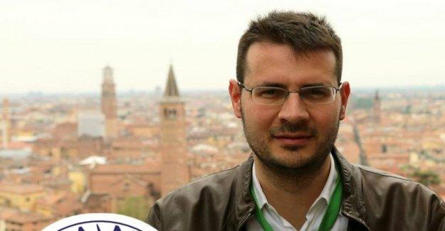 De aleación, insultos a Mattarella. El diputado Comencini investigado por desacato al Jefe de Estado