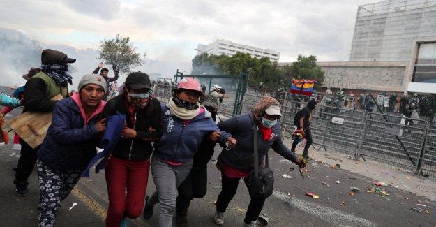 Ecuador, crece la portesta. El presidente Moreno tiende la mano a los nativos