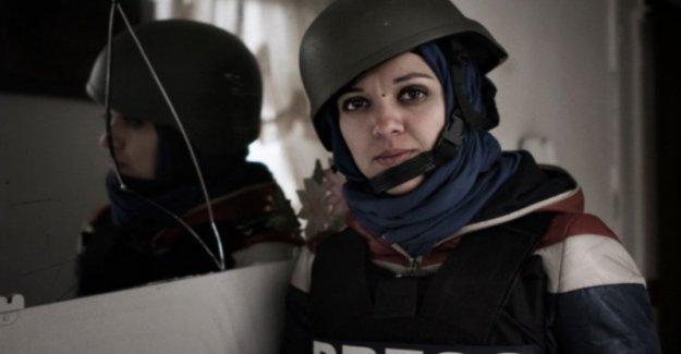 Egipto: un periodista italiano parada en el aeropuerto de