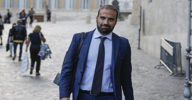 El Internet, Marattin (Iv), pide la tarjeta social. Pero brotar insultos Vendola y la Liga: Con Nichi fue un malentendido