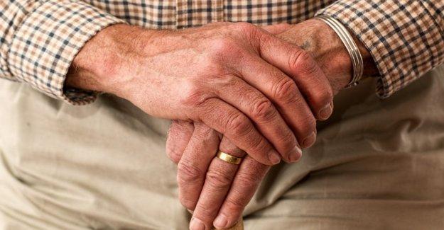El cáncer de próstata, el tratamiento de la exactitud de distancia de la enfermedad