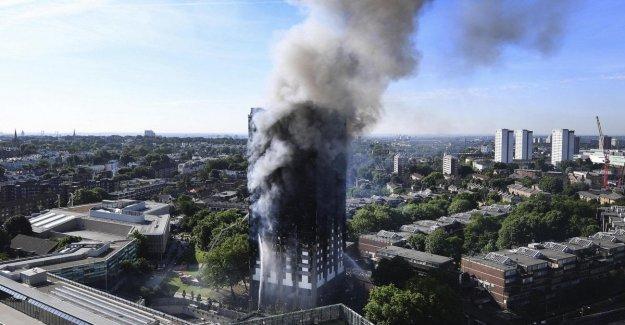 Fuego Grenfell de la Torre, un informe en el que acusa al departamento de bomberos: Graves deficiencias