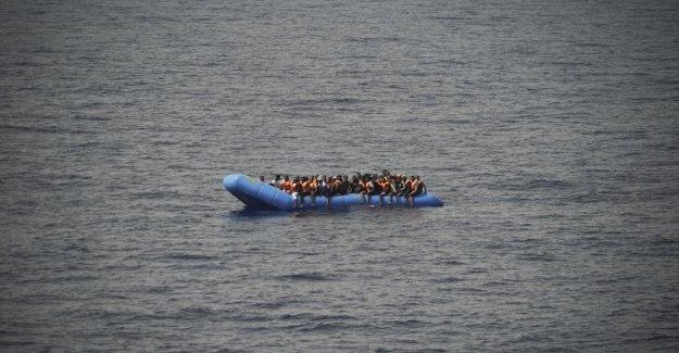 Grecia, el choque entre el buque y la guardia costera y un barco de inmigrantes muertos: un bebé sirio