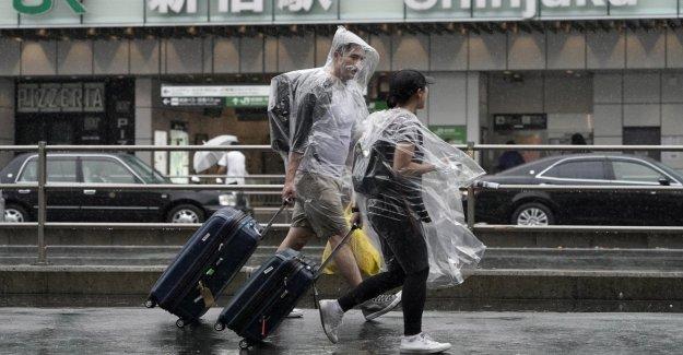 Japón, el tifón Hagibis enfoques de Tokio: un muerto y 5 heridos