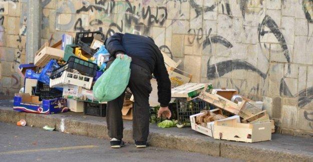 La pobreza, la voz del 65% de los italianos social culpar a los migrantes y político
