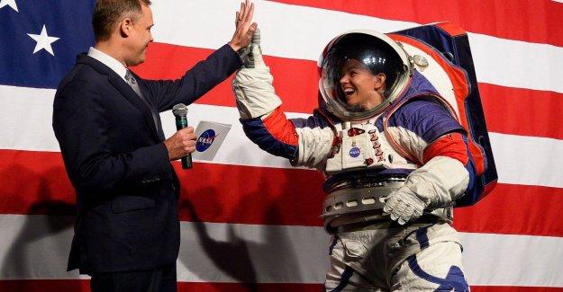 Nasa: aquí está el traje de la última generación que ir a la Luna