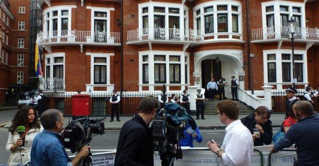 Una empresa española que espiaba en favor de la Cia a los visitantes a Assange en Londres