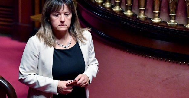 5S, el senador Factores dejado el Movimiento: Abandonado por los vértices, pero yo sigo apoyando al gobierno