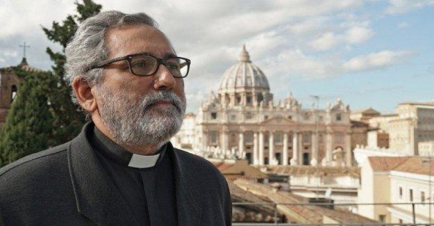 Ciudad del vaticano, Guerrero Alves, nombrado prefecto en el lugar del cardenal Pell