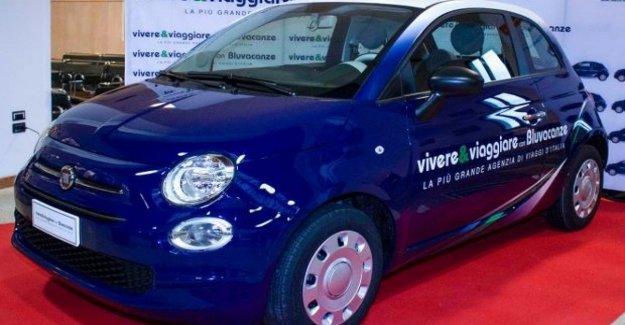 Doscientos Fiat 500 en la flota de Vivir y Viajar, y Bluvacanze