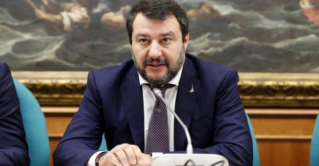 El fondo de Ahorro de los Estados, Salvini: La Esm para intervenir Mattarella