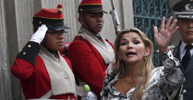 En Bolivia, los estados Unidos reconocen que el gobierno Anez. Manifestante muerto en los enfrentamientos