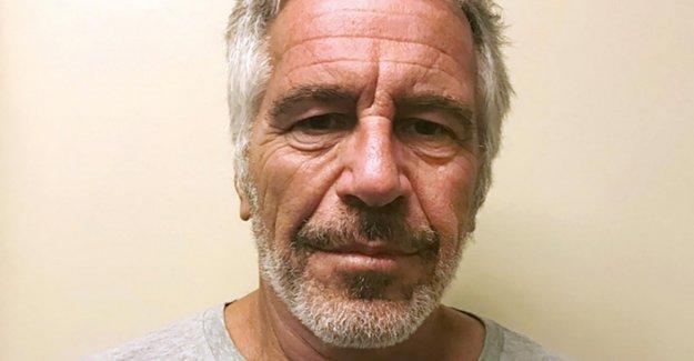 Estados unidos, acusó a los guardias, que estaban a la vigilia en el virus de Epstein