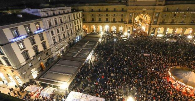 Florencia, que es una manifestación de la sardinas: Somos cuarenta