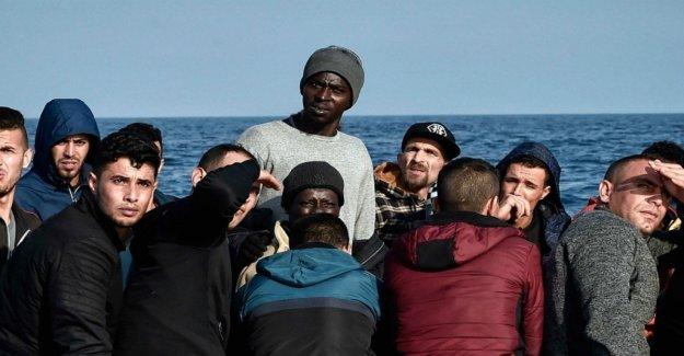 Los migrantes en Italia, sería válido más de un mil millones de dólares de ingresos fiscales si fueron pagados