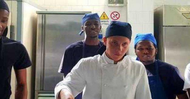 Nápoles, la escuela de cocina de los inmigrantes y solicitantes de asilo