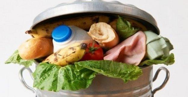 Por el refrigerador en la solidaridad en el sitio para regalar alimentos, esta fue la Italia que vive en cero residuos